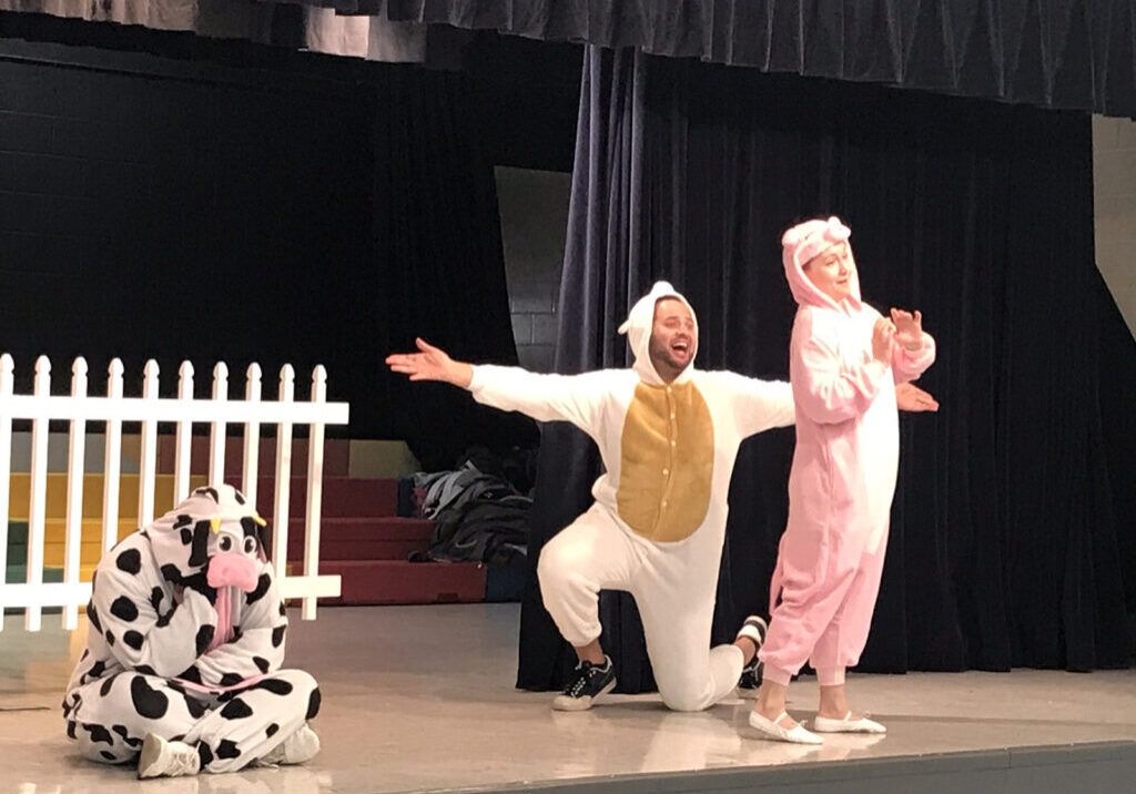 Ugly Duckling 2019 Performance